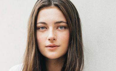 Aqua eyes, cute celebrity, Millie Brady, actress