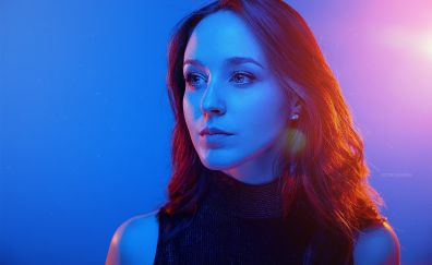 Lorenza, model, disco light