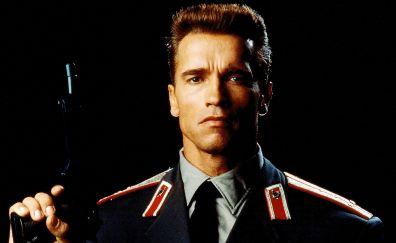 Red Heat, 1988 movie, Arnold Schwarzenegger, actor, gun, soldier