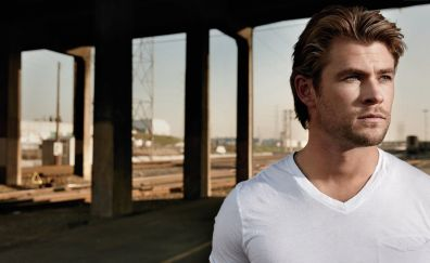 Chris Hemsworth, celebrity