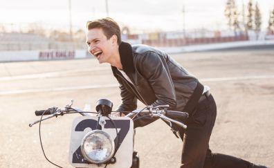 Ansel Elgort, celebrity, bicycle, run, laugh, 4k