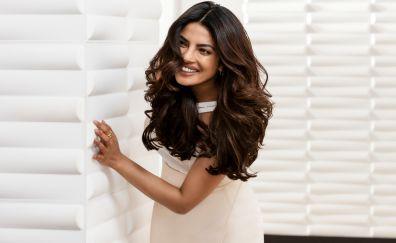 Priyanka chopra, smile, pantene ad
