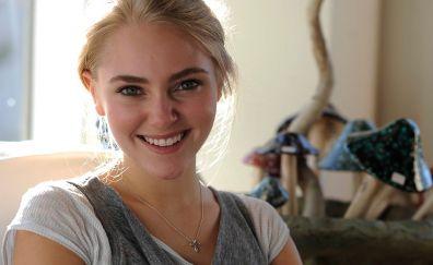 Annasophia Robb, smile, beautiful actress