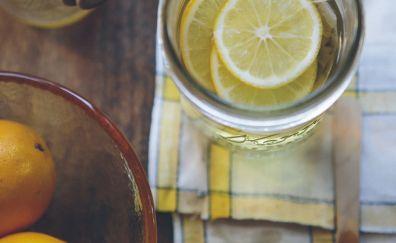 Lemon slices in cup wallpaper