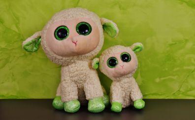 Glitter eyes of sheep toy