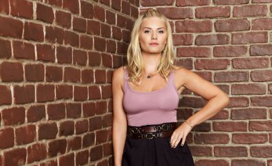 Elisha Cuthbert, blonde celebrity, wall