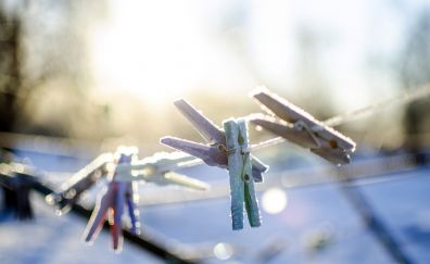Cloth pins, winter, snow frost