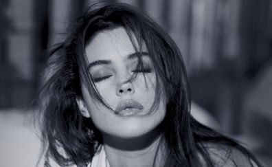 Monica Bellucci, Actress, Monochrome