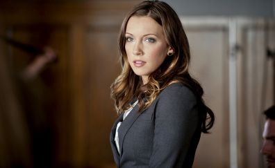 Katie Cassidy in Arrow TV series