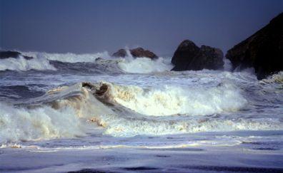 Pacific ocean sea waves and beach
