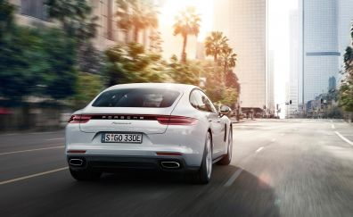 2017 Porsche Panamera 4 e-hybrid car