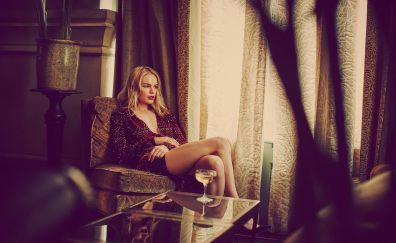 Kate Bosworth, sitting, blonde, actress