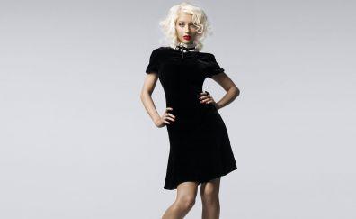 Christina Aguilera in black dress