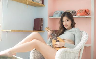 Atita Wittayakajohndet, Asian model, girl, guitar