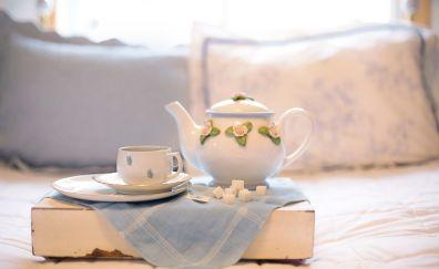 Tea pot, cup