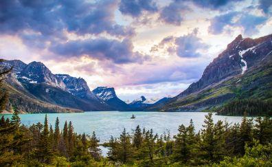 Beautiful Glacier national park